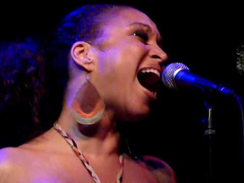 Chante Moore - Chante`s Got A Man Live @ Jazz Cafe, London