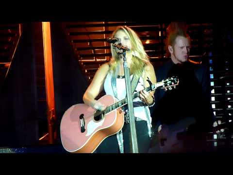 Miranda Lambert - Heart Like Mine - Cheyenne Frontier Days 2010