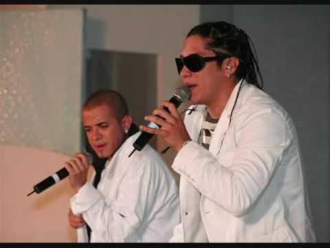 """""""Te estoy Buscando"""" Nuevo tema promocional 2009 de Roberto Antonio a duo con Chino y Nacho"""