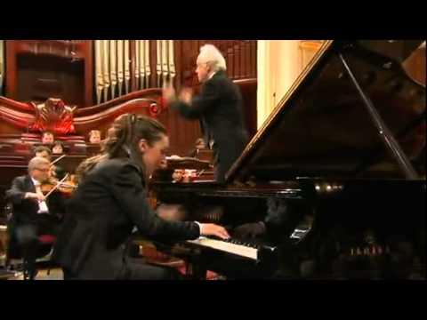 Chopin Competition 2010 - Yulianna Avdeeva - Piano Concerto no1 in e minor - 3rd movement