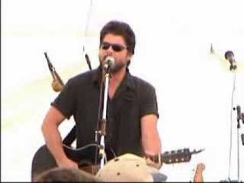 Chris Knight - Me And This Road