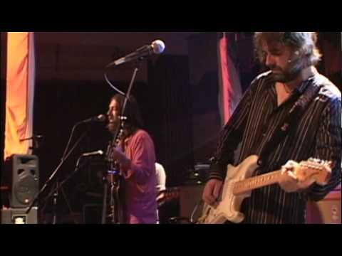 "Chris Robinson & The New Earth Mud - ""Sugaree"""