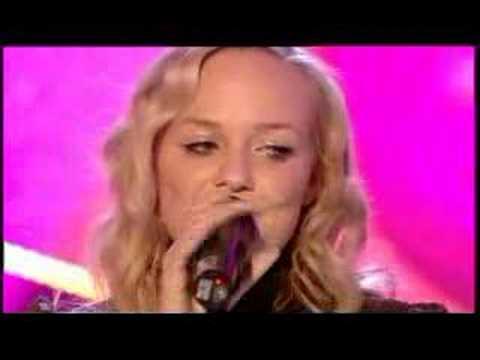2006-12-21 - Emma Bunton - Downtown (Live @ TOTP Christmas)