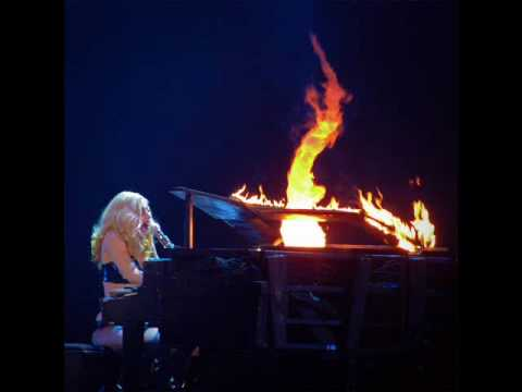 Part 13 - Lady GaGa - Speechless - The Monster Ball Live From Yokohama, Japan (18 April 2010)