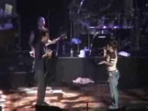 "Kelly Clarkson & Clay Aiken - ""Open Arms"""