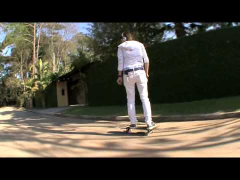 iYiYi - Cody Simpson ft. Flo Rida por Eduardo Surita e Hector Mosterio (HD)