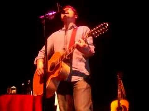 "Colin Meloy sings ""The Engine Driver"""