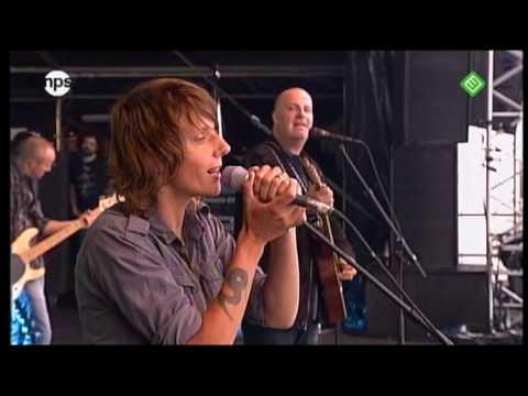 BL�F - Dansen Aan Zee met Sarah Bettens (Concert at Sea 2008) 3/5