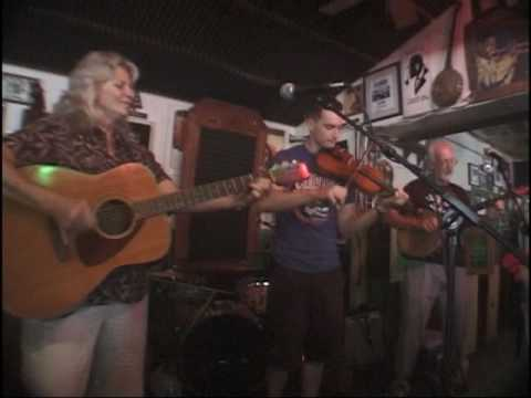 Murphy`s Law Family Band LIVE at the Green Parrot