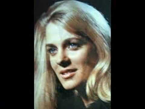 Connie Smith sings SEATTLE