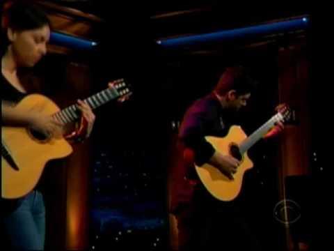 Rodrigo y Gabriela - Buster Voodoo (Live On Late Late Show With Craig Ferguson - 10/28/09)