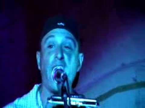 Dan Bern Singing Black Tornado