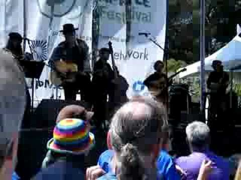 Green Apple Festival - Dan Hicks and the Hotlicks w/ Michael Kang