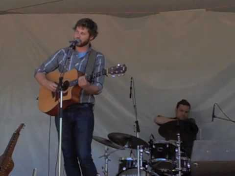 "Dan Mangan - ""Road Regrets"" - Live at VFMF 2009 (HQ)"