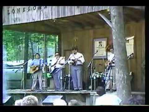 Lonesome River Band - Mama Tried