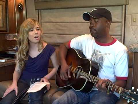 "Mebesinging ""In Color"" with DARIUS RUCKER!"
