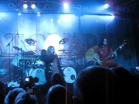 Stratovarius - Darkest Hours / The kiss of judas (Live in Pakkahuone 2010)