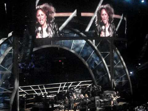 "Bruce Springsteen & Darlene Love -- ""Da Doo Ron Ron"" -- Rock & Roll Hall Of Fame Concert -- MSG"