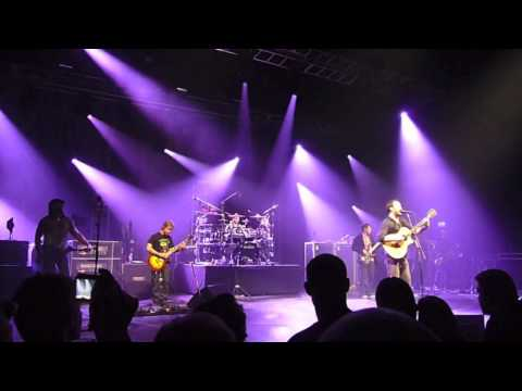 Dave Matthews Band - Crash Into Me, Live at Falconer Salen 2010