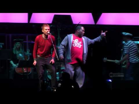 Gorillaz at Coachella 2010: Feel Good Inc. (feat. De La Soul)