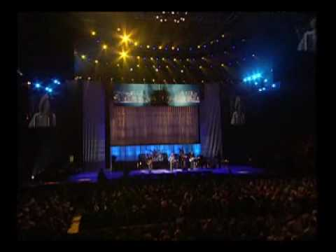 Bon Jovi - Livin On A Prayer+WDOA@Concert For New York City