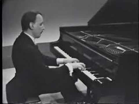 Arturo Michelangeli - Debussy Reflets dans l`eau