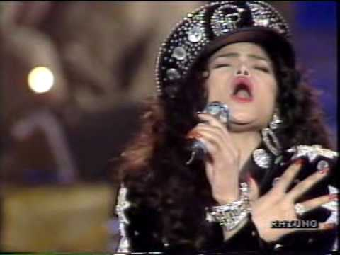 Michael Jackson sister Latoya sings a song of Marcella & Gianni Bella Festival Sanremo 90 (Italy)
