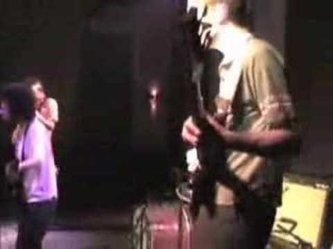 "Deerhoof ""Spirit Ditties of No Tone"""""