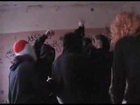 Deichkind - Krawall und Remmi Demmi Musikvideo