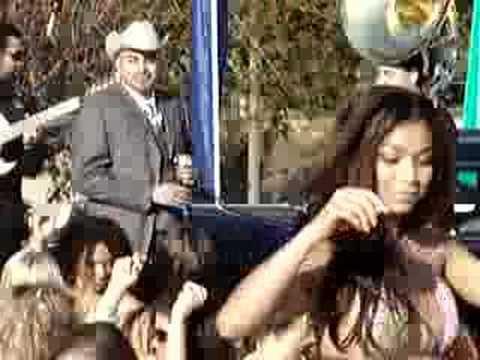 ANDRES MARQUEZ EL MACIZO EL HOTEL DEL CID FIESTA EN LA PLAYA