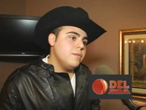 GERARDO ORTIZ, ES ENTREVISTA EN ESTRELLA TV CANAL 62 LOS ANGELES POR FELIX CASTILLO