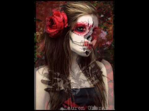 Calabrese - Every Day`s A Funeral (homenaje al dia de los muertos)