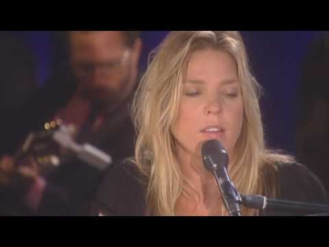 "Diana Krall - Walk On By (From ""Live In Rio"")"