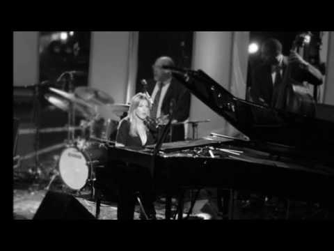 Diana Krall - Besame Mucho