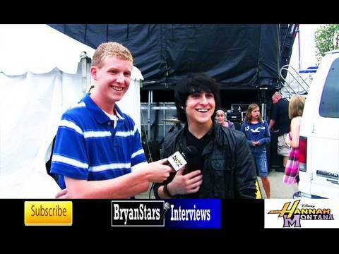 Hannah Montana`s Mitchel Musso Interview, Concert and Meet Greet