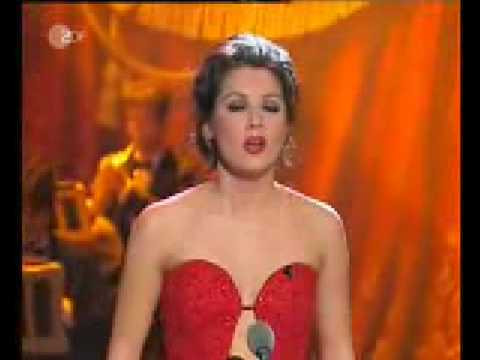Anna Netrebko - O mio Babbino Caro - live - lyrics