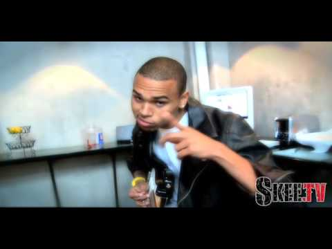 Chris Brown hangs with Kurupt in the Studio - Skee.TV Exclusive