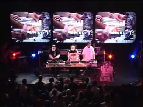Pushing Buttons - DJ Shadow, Cut Chemist, DJ Numark (2002)