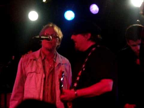 "Drivin` N` Cryin` - ""Staight to Hell"" w/ Mike Mills and The Rattlers @ 40 Watt 10.16.2009"