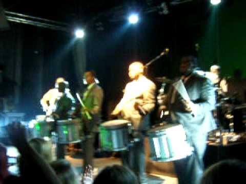 Peter Fox und die Cold Steel Drumline (Teil 1) 28.11.08 Osnabr�ck Live