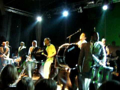 Peter Fox und die Cold Steel Drumline (Teil 3) 28.11.08 Osnabr�ck Live