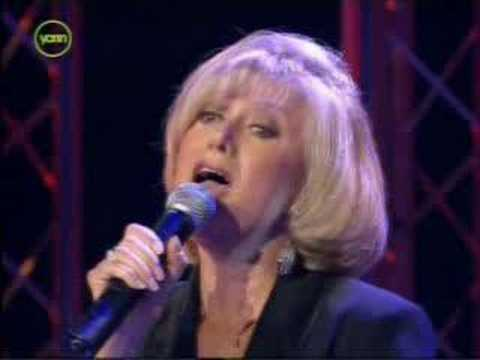 Cliff Richard & Elaine Paige - Miss you nights