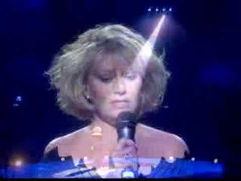 Elaine Paige - Secrets (written by Bee Gees 1981)