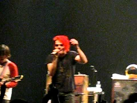 My Chemical Romance - Vampire Money live in Toronto 12/18/2010