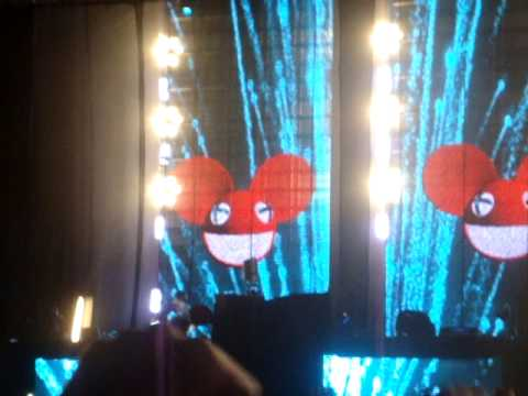 Deadmau5 - Ghosts `N` Stuff featuring Rob Swire at Electric Zoo NYC