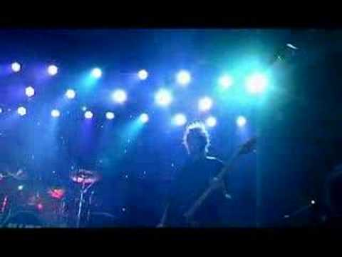The White One Is Evil - Elliot Minor - Live Video