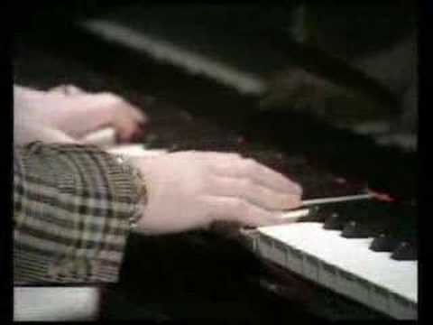 Elton John - Sorry Seems To Be The Hardest Word - 1976