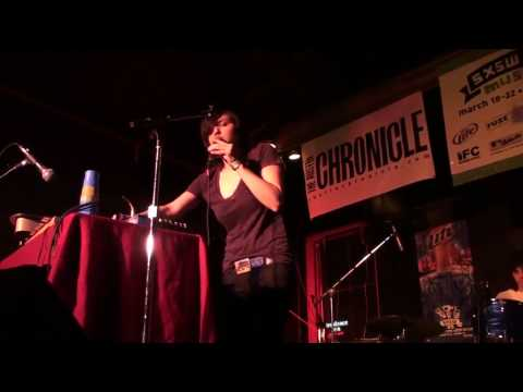 Emily Wells - Juicy (Notorious BIG cover) @ Buffalo Billiards, SXSW 2009
