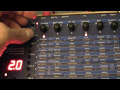 Dave Smith Evolver Desktop Mono Synth HD video 720P