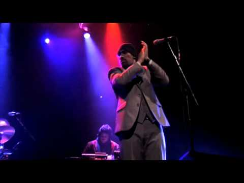 """THE CAMEL""OFFICIAL FAT FREDDYS DROP LIVE @ THE ROUNDHOUSE, LONDON 5/12/08 YOU TUBE EDIT"